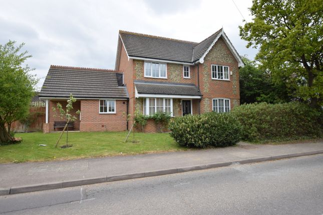 Thumbnail Detached house for sale in Diana Close, Spencers Wood, Reading