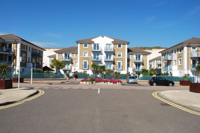 2 bed flat for sale in Hamilton Court, The Strand, Brighton Marina