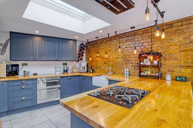 2 bed detached house for sale in Elmfield Road, East Finchley, London N2