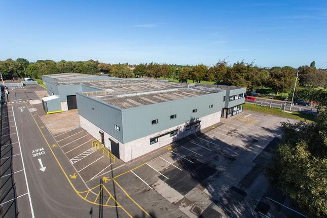 Thumbnail Light industrial to let in Bescot Point, Bescot Crescent, Walsall, West Midlands