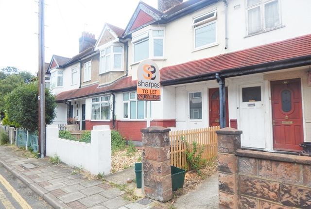 2 bed flat to rent in Kimble Road, Colliers Wood, London SW19