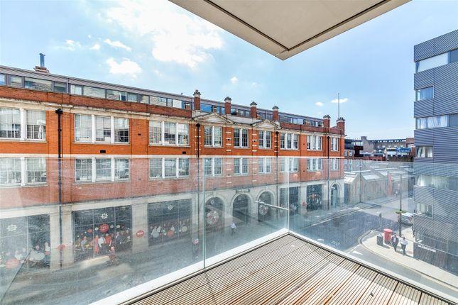 Balcony of Rosler Building, Ewer Street, London Bridge, London SE1