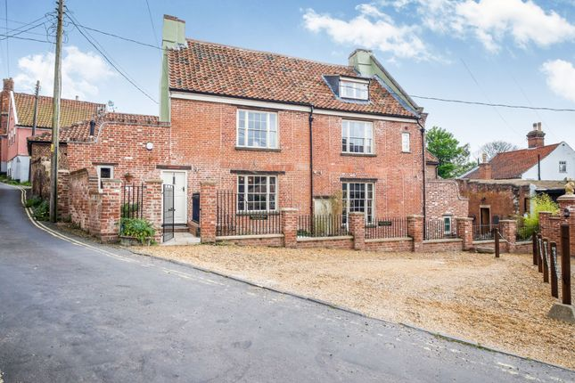 Thumbnail Detached house for sale in The Score, Northgate, Beccles, Suffolk
