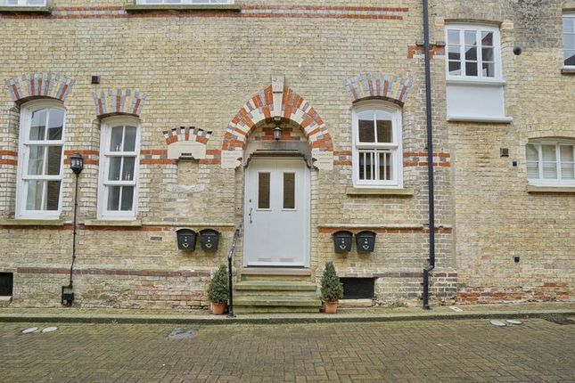 Thumbnail Maisonette for sale in Chandlers Wharf, St. Neots