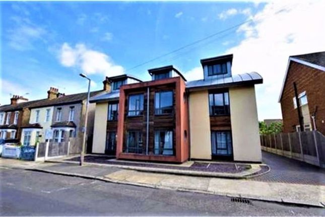 2 bed flat for sale in James Court, Fetherston Road, Stanford Le Hope, Essex SS17