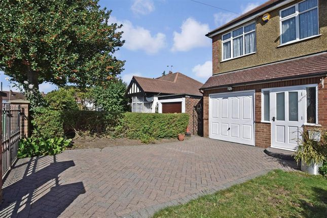 Driveway/Parking of Hallowell Avenue, Croydon, Surrey CR0