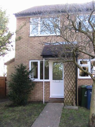 Thumbnail Semi-detached house to rent in Armitage Way, Kings Hedges, Cambridge