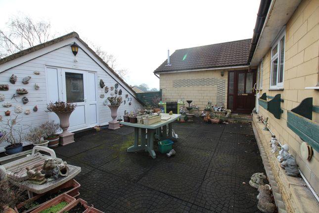 Thumbnail Flat to rent in Carnarvon Close, Chippenham