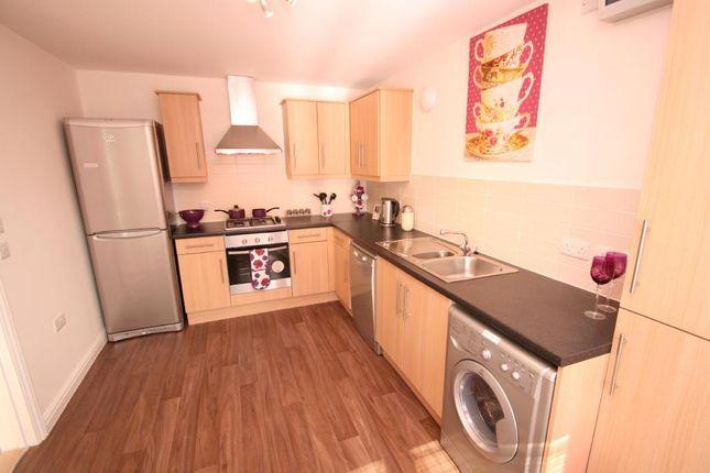 Thumbnail End terrace house to rent in Cole Green Lane, Welwyn Garden City