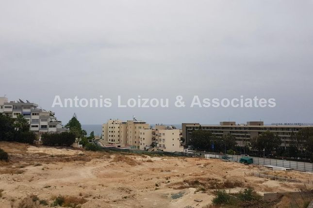 2 bed apartment for sale in 4521 Ayios Tykhonas, Cyprus