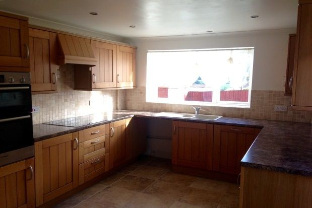 Thumbnail Property to rent in Henscol Vale, Liskeard