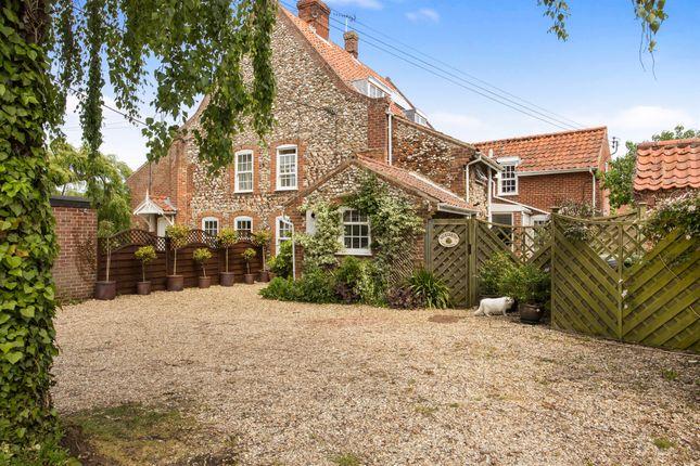 Thumbnail Cottage for sale in Fakenham Road, South Creake, Fakenham