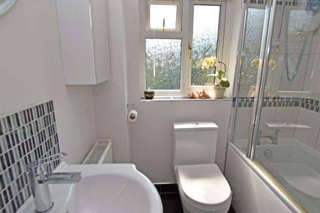 Bathroom of Berrybrook Meadow, Exminster, Exeter EX6