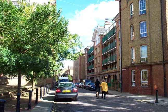 Thumbnail Flat for sale in Hythe House, Swan Road, Rotherhithe