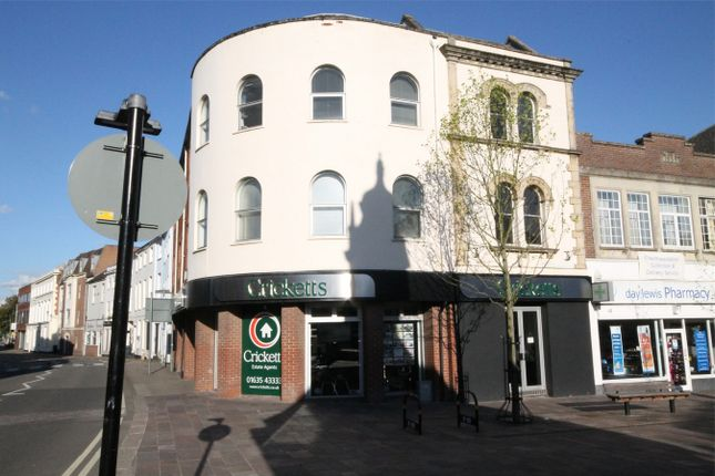 2 bed flat to rent in London Road, Newbury