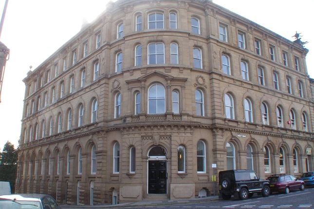 Picture No. 07 of Howgate House, 3 Wellington Road, Dewsbury, West Yorkshire WF13