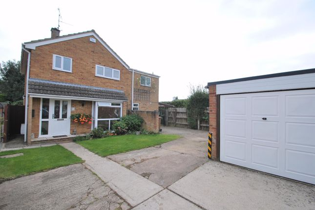 Thumbnail Detached house for sale in Read Way, Bishops Cleeve