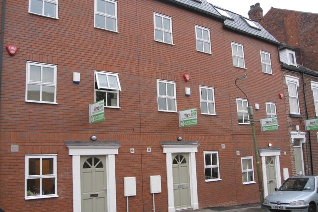 Thumbnail Terraced house to rent in Upper Hanover Street, Sheffield