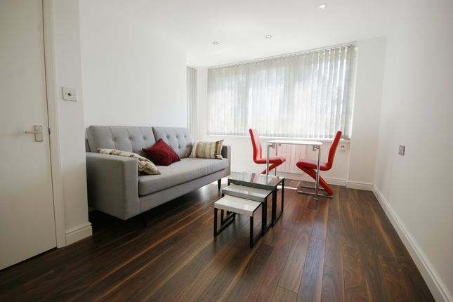 Flat to rent in Ragland Street, Kentish Town, London