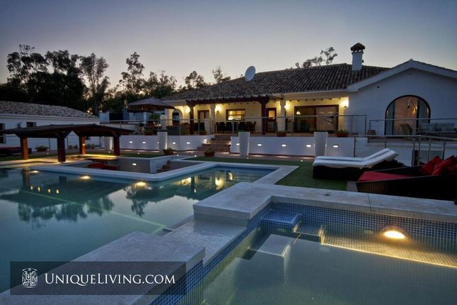 Thumbnail Villa for sale in Sotogrande, Costa Del Sol, Spain