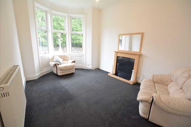 Lounge of Tollcross Road, Tollcross G32