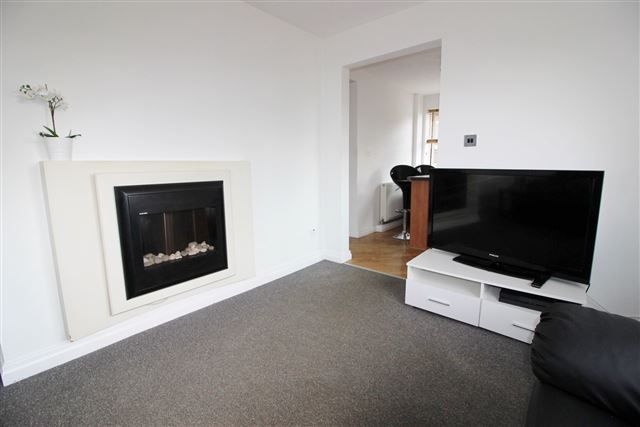 Living Room of Rosedale Close, Sheffield S26