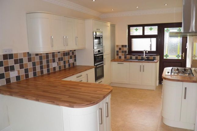 Thumbnail Property to rent in Rowan Crescent, Griffithstown, Pontypool