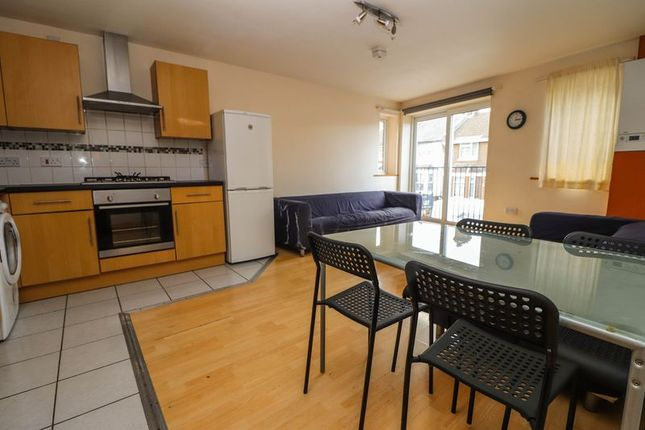 Thumbnail Property to rent in Portswood Road, Southampton