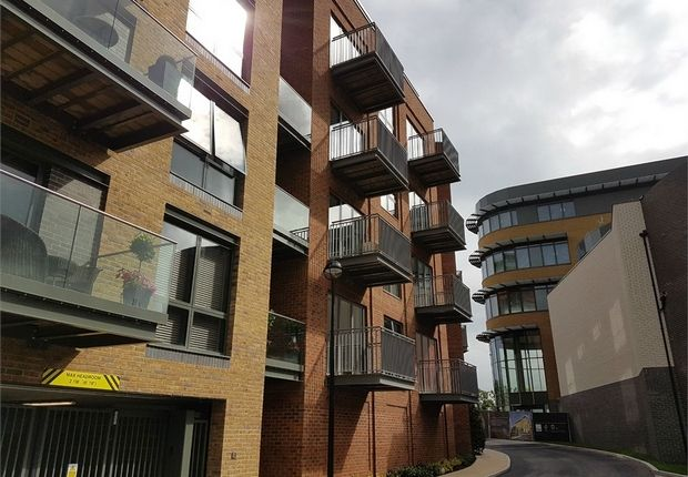 Thumbnail Flat for sale in Brewery Wharf, Brewery Lane, Twickenham, Middlesex