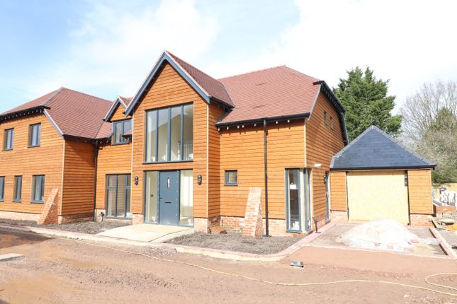 Thumbnail Detached house for sale in Steeple Court Barns, Church Lane, Botley, Southampton
