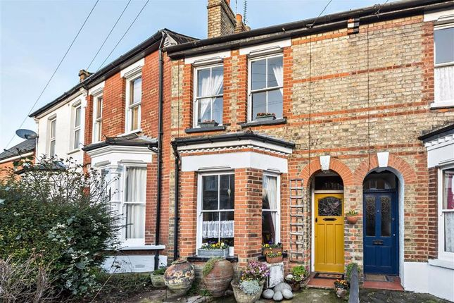 3 bed property for sale in Carnarvon Road, High Barnet, Hertfordshire EN5