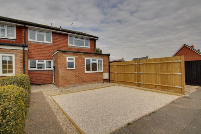 3 bed terraced house to rent in Pippins Road, Burnham-On-Crouch CM0