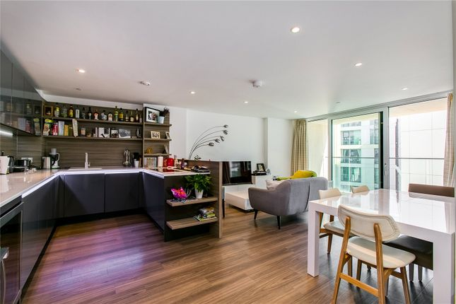 Thumbnail Flat for sale in Copperlight Apartments, Wandsworth, London