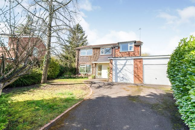 Thumbnail Detached house for sale in Farleigh Rise, Basingstoke