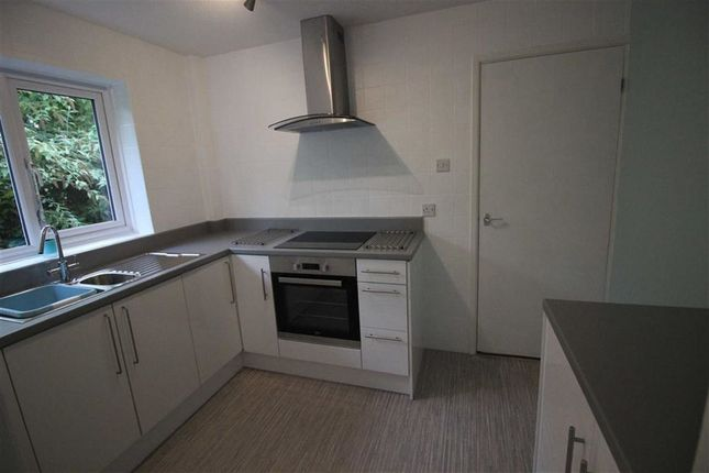 Thumbnail Bungalow to rent in Chaucer Way, Osbaston, Monmouth