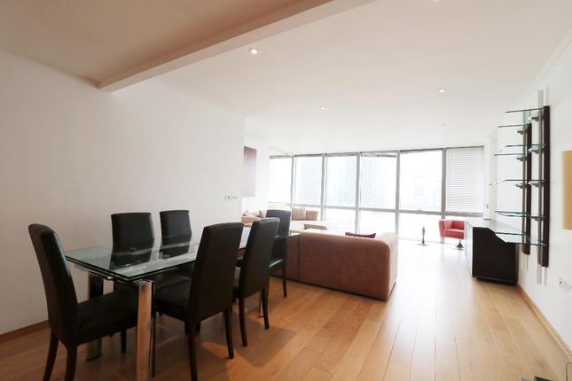 Thumbnail Flat to rent in No 1. West India Quay, Canary Wharf, London