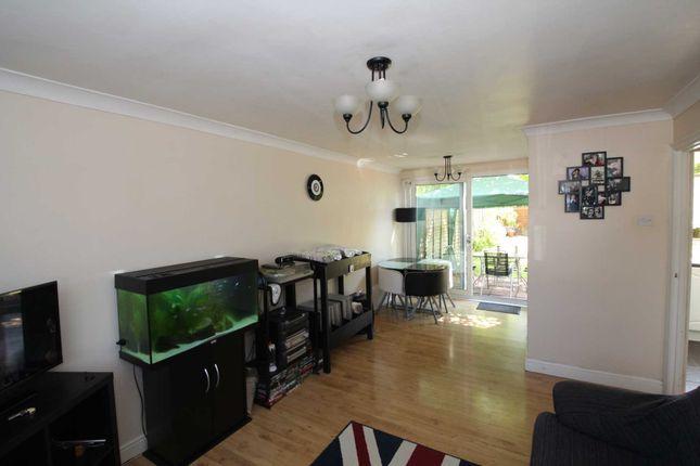 Thumbnail Flat to rent in Galley Hill, Hemel Hempstead