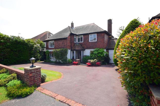 Thumbnail Detached house for sale in Lee Grove, Chigwell, Essex