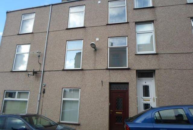 Thumbnail Flat to rent in Flat 2, 2 Thomas Street, Caernarfon