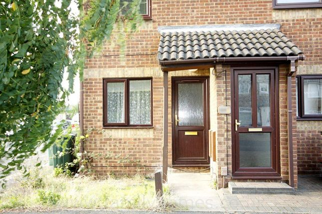 Thumbnail Property to rent in Beauvoir Drive, Kemsley, Sittingbourne