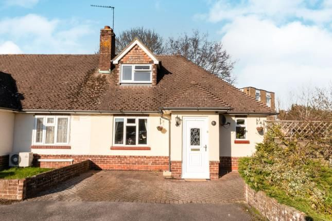 Thumbnail Bungalow for sale in Raven Road, Hook
