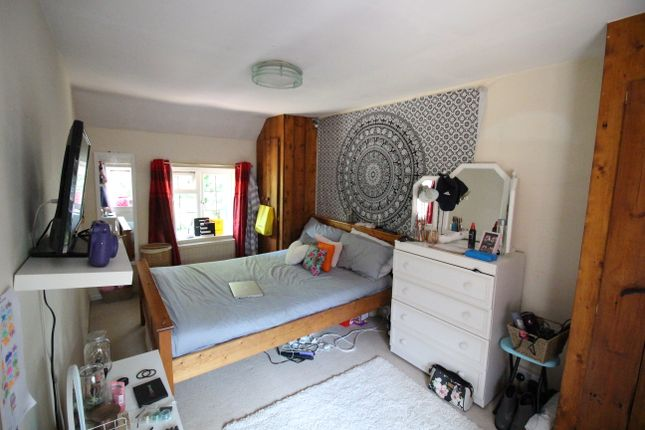 Bedroom 3 of Rectory Gardens, Drayton, Banbury OX15