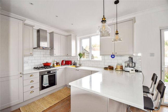 Thumbnail Terraced house to rent in Church Road, Erith, Kent