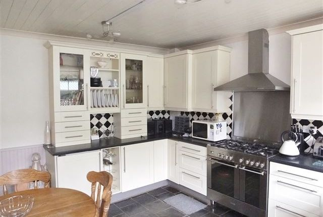 Kitchen of Main Street, Aughton, Sheffield S26