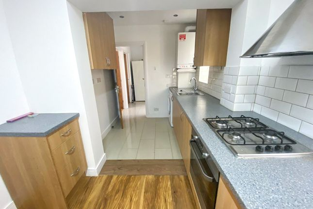 Thumbnail Flat to rent in North Road, Southall, Greater London