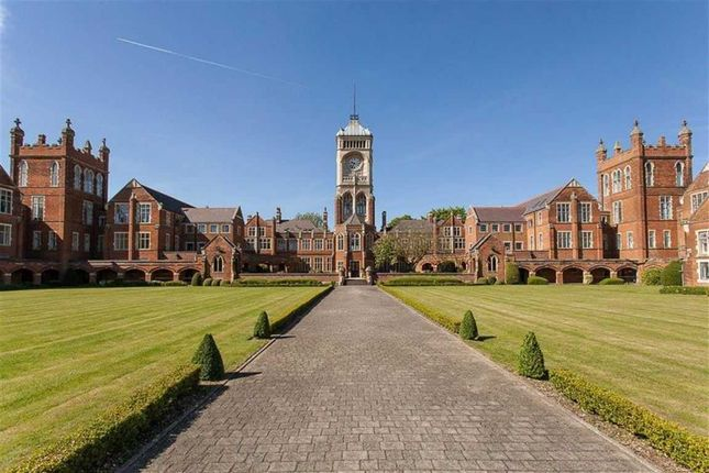 Thumbnail Flat for sale in Washington House, Royal Connaught Park, Bushey WD23.