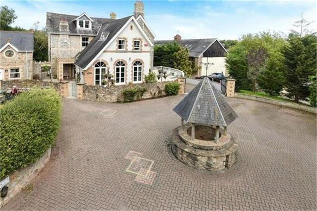 Thumbnail Detached house for sale in Edginswell Lane, Torquay