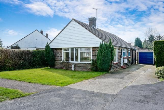 2 bed bungalow for sale in Chidham, Chichester, West Sussex