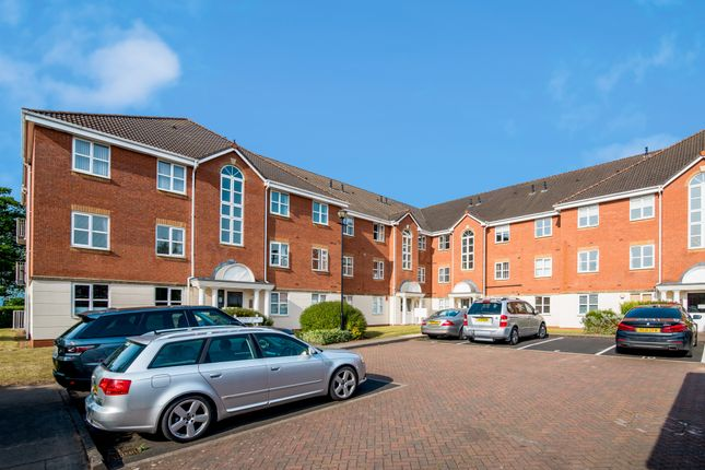 Thumbnail Flat to rent in Wyndley Close, Sutton Coldfield