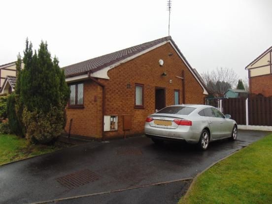 Thumbnail Semi-detached bungalow to rent in Fenners Close, Bolton